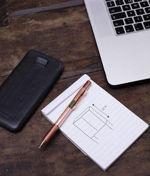 Bolígrafo, Nivel y Destornillador