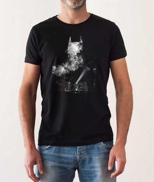 Camiseta Batman A Light in the Night | Hombre