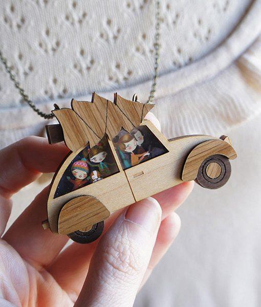 Collar de madera El Árbol de Navidad
