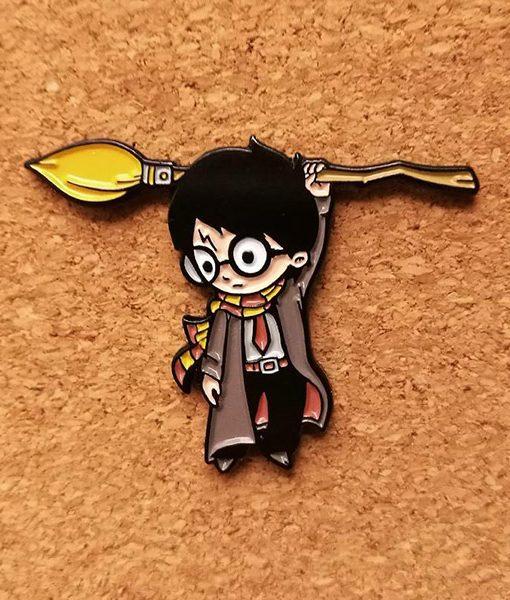 Pin Pin Harry Potter Hang on Wizard